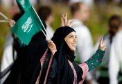 Саудия билігі жалғызбасты әйелдерге ер адамның қамқорлығынсыз өмір сүруіне рұқсат етті