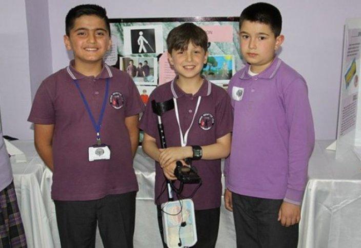 Мектеп оқушылары «ақылды смартфон» ойлап тапты