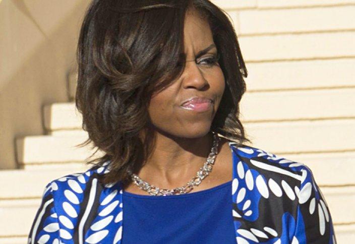Возмущение в Саудовской Аравии – непокрытая голова Мишель Обама во время последнего визита (видео)