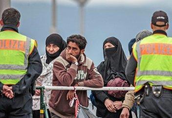 Нелегальная миграция на поверку оказывается не такой уж нелегальной
