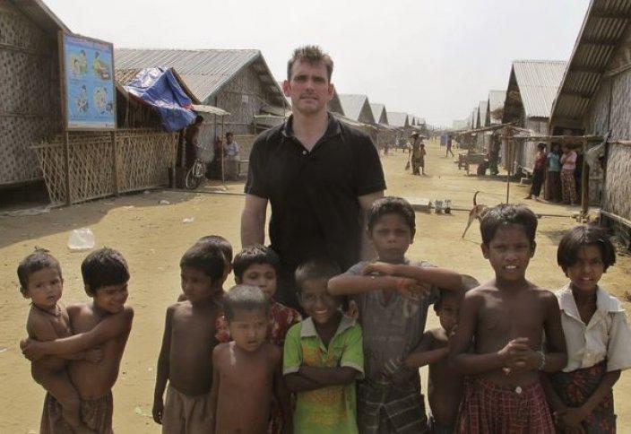 Голливудский актер привлекает внимание к беженцам рохинья