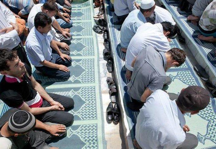 Катар: ШТРАФ ЗА РАБОТУ ВО ВРЕМЯ ДЖУМА-НАМАЗА