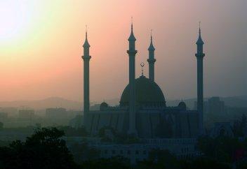 Ислам распространялся огнем и мечом? – Мифы и реальность современного мира