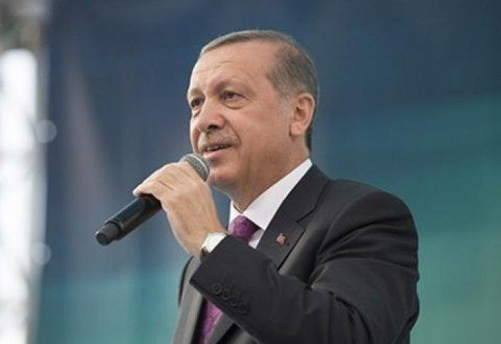 Эрдоган отстаивает права исламского Стамбула