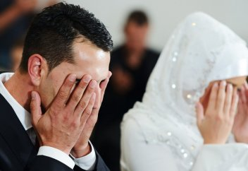 Разные: В Узбекистане для сокращения разводов молодоженам предложили перед браком обучаться имамов
