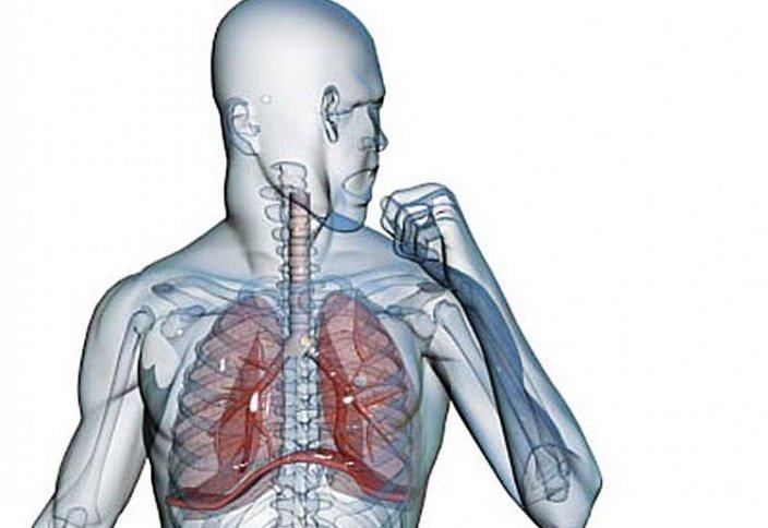 Врач рассказал, как распознать коронавирусный кашель. COVID-19 лучше распространяется в холоде: это доказывает вторая волна в Австралии
