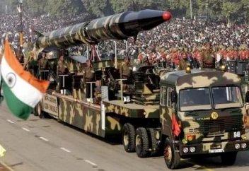Үндістан Пәкістанмен Кашмир дауына байланысты ядролық доктринасын қайта қарастырады