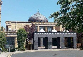 Мечеть спасла бездомных от урагана