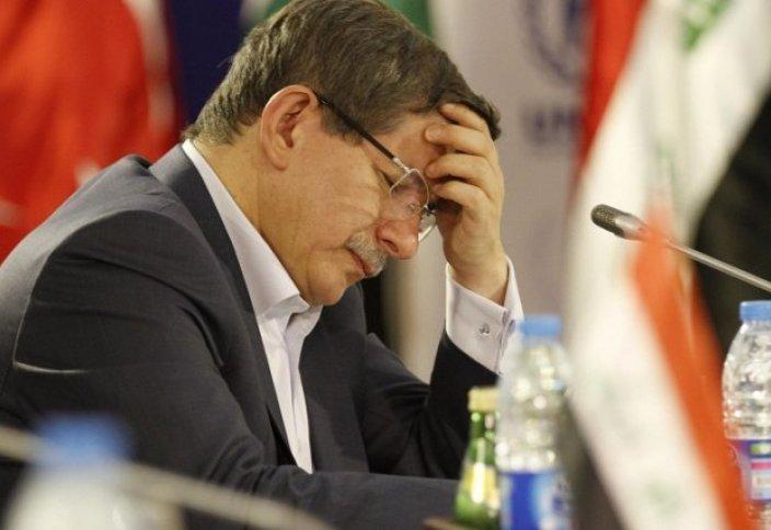 После выборов в Турции кабинет министров подал в отставку