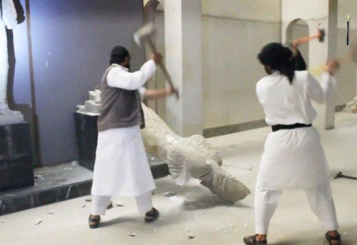 ИСИМ содырлары тарихи көне мұражайды қиратты (ВИДЕО)