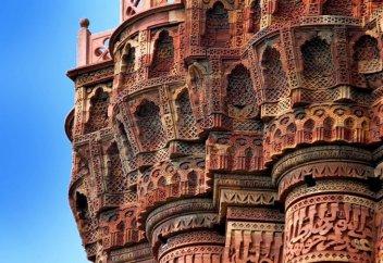Высочайший в мире минарет, построенный несколькими поколениями мусульманских правителей (фото)