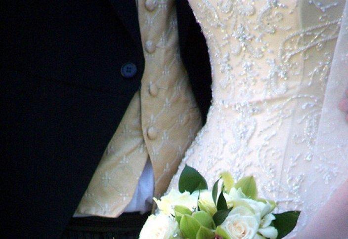 Несовершеннолетние невесты Турции спасают себя никяхом