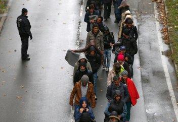 Германии разрешили высылать мигрантов в страны с плохими условиями