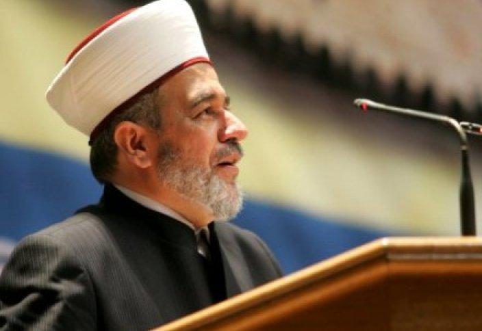 Муфтий Украины призвал бороться с экстремизмом и терроризмом посредством распространения религии
