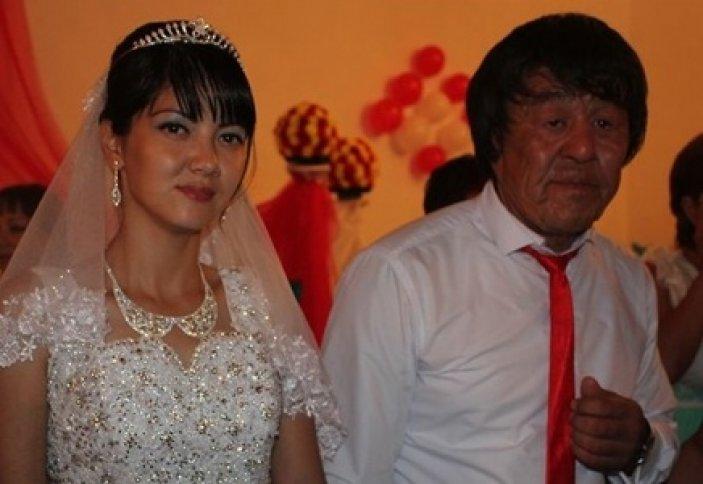 «Юный старец» из Атырауской области сыграл пышную свадьбу на 300 человек (фото)