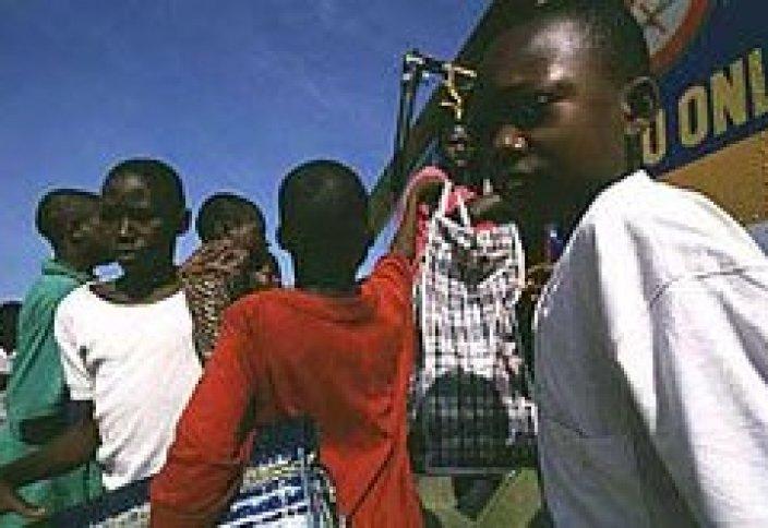 Сьерра-Леоне: СНОВА В ШКОЛУ!!!