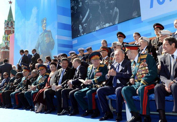 Елбасы Мәскеудегі әскери парадқа қатысты
