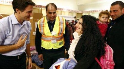 Канадалықтардың Сириялық босқындарды жылы қарсы алуы (видео)